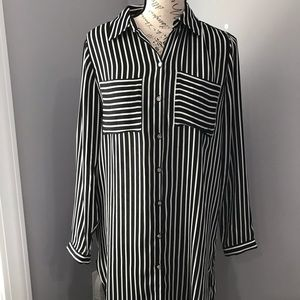 Chico's Black & White Tunic
